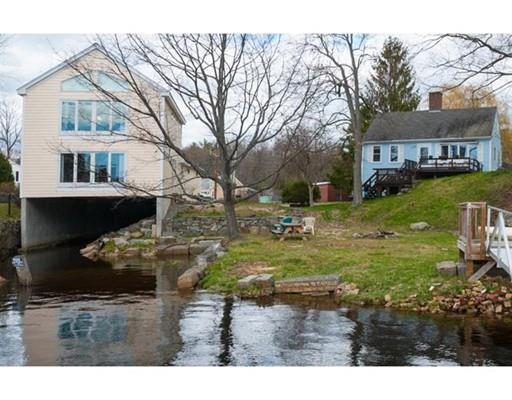 8 Bay Road, Newmarket, NH - USA (photo 1)