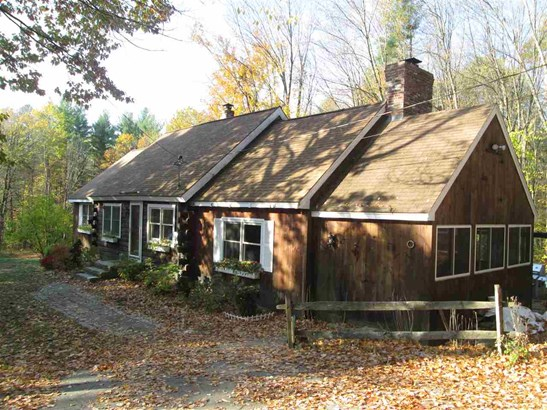 Cape, Single Family - Amherst, NH (photo 1)