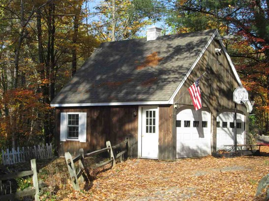 Cape, Single Family - Amherst, NH (photo 3)