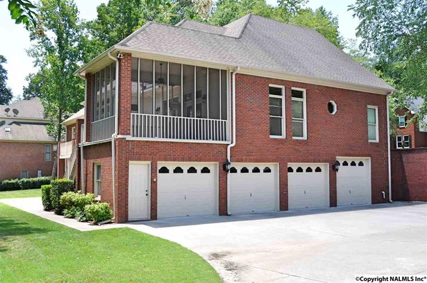 Residential/Single Family - HAMPTON COVE, AL (photo 2)