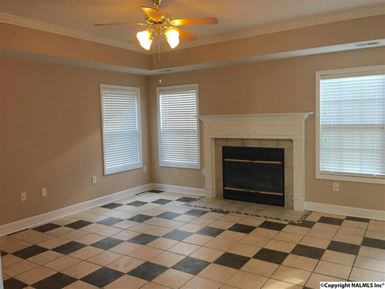 Residential/Single Family - BROWNSBORO, AL (photo 5)