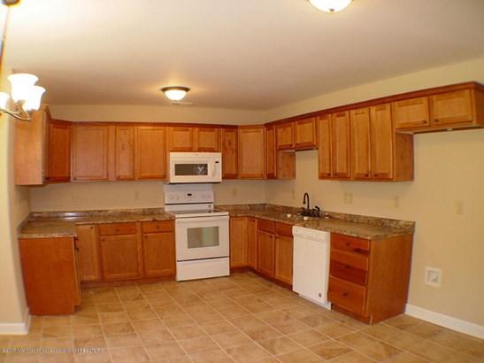 Residential/Single Family - Senatobia, MS (photo 5)