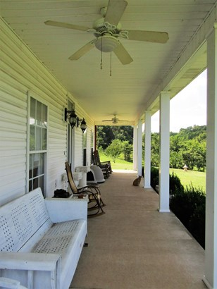 Residential/Single Family - Hampshire, TN (photo 2)
