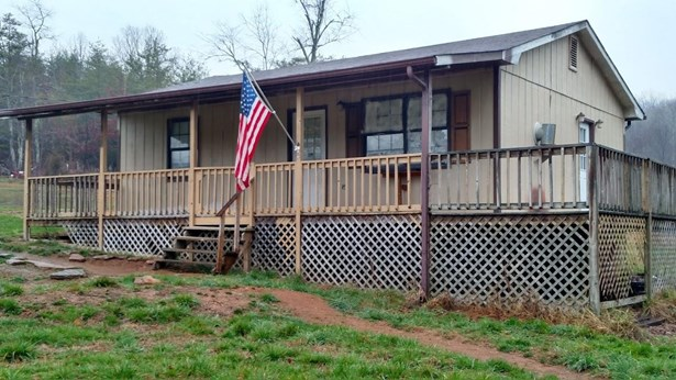 Residential/Single Family - Deer Lodge, TN (photo 1)