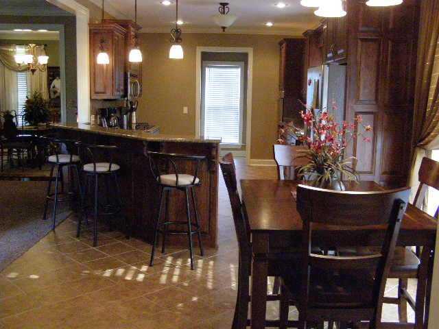 Residential/Single Family - Selmer, TN (photo 3)
