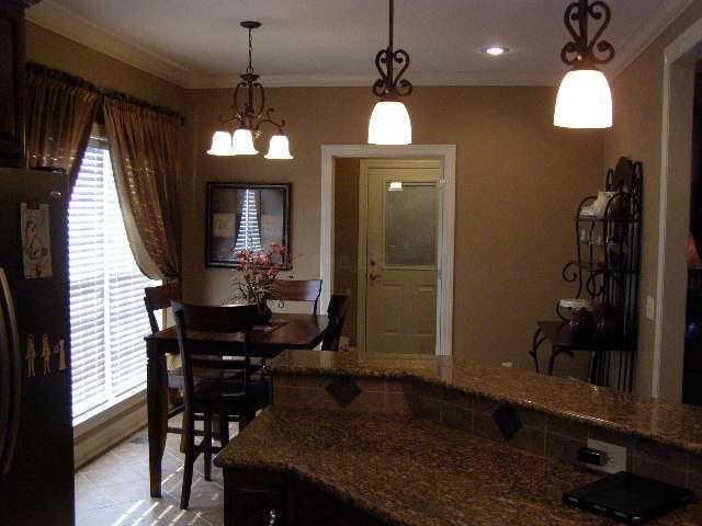Residential/Single Family - Selmer, TN (photo 4)