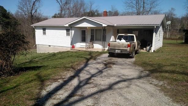 Residential/Single Family - Jamestown, TN (photo 2)