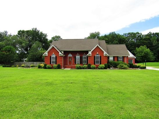Residential/Single Family - Fayetteville, TN (photo 2)