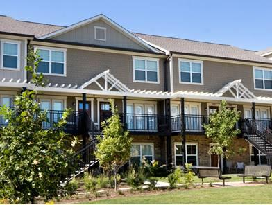 Condo - Knoxville, TN (photo 1)