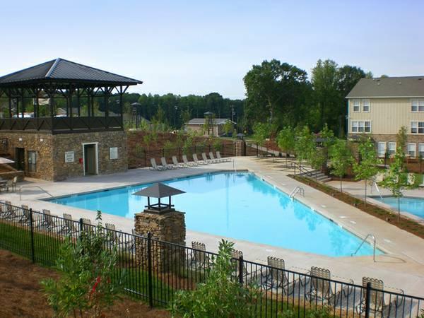 Condo - Knoxville, TN (photo 2)