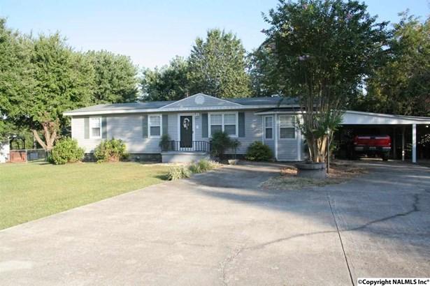 Residential/Single Family - ELKMONT, AL (photo 1)