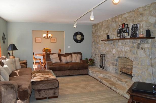 Residential/Single Family - Fulton, MS (photo 4)