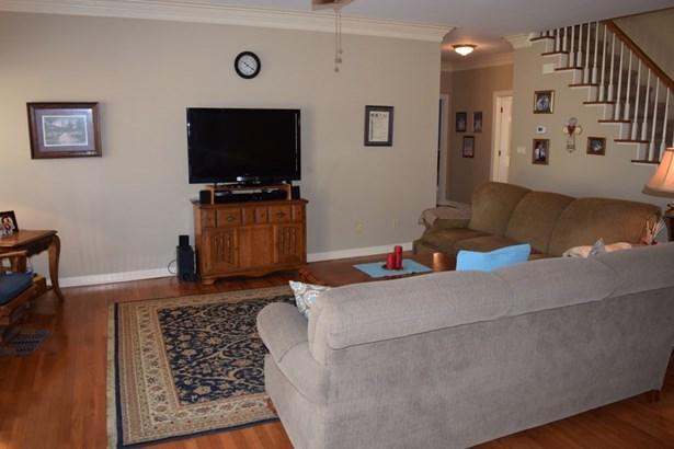 Residential/Single Family - Finger, TN (photo 4)
