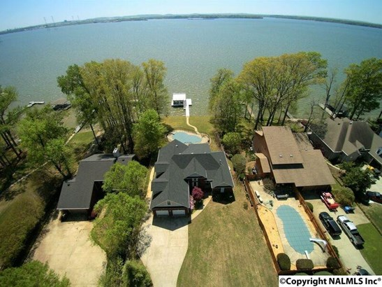 Residential/Single Family - ATHENS, AL (photo 1)