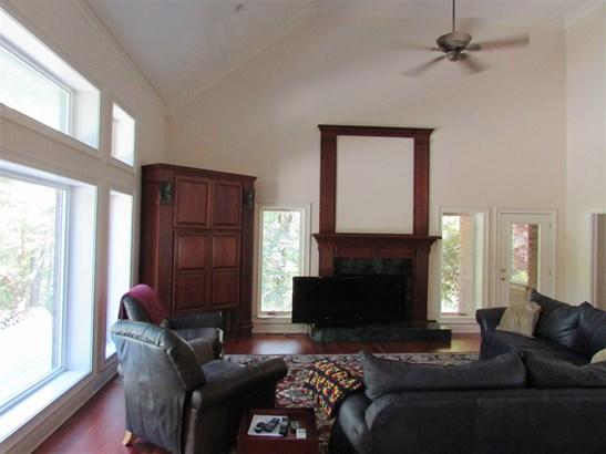Residential/Single Family - Medon, TN (photo 2)