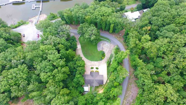 Residential/Single Family - Sugar Tree, TN (photo 1)