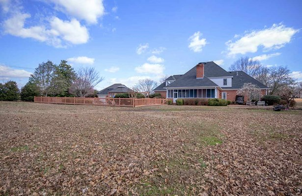Residential/Single Family - Jackson, TN (photo 5)