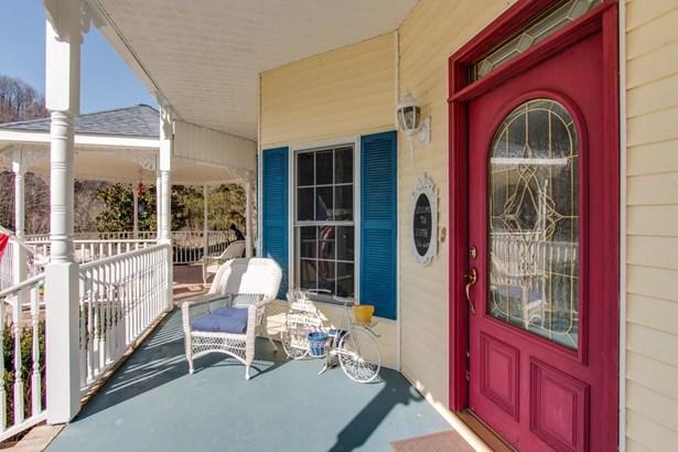 Residential/Single Family - Lafayette, TN (photo 1)