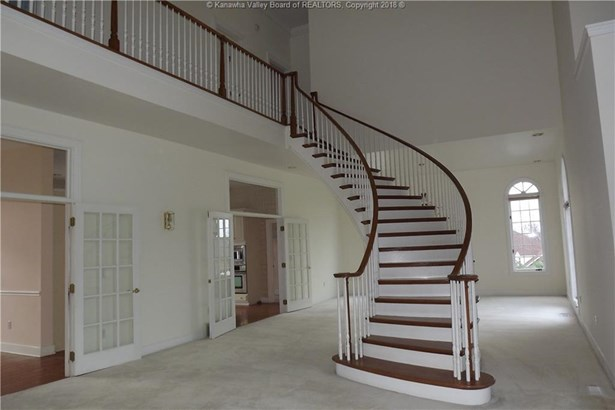 412 Woodbridge Drive, Charleston, WV - USA (photo 2)