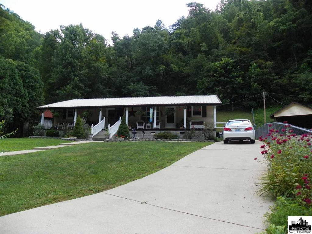 8709 State Road Fork, Prestonsburg, KY - USA (photo 1)