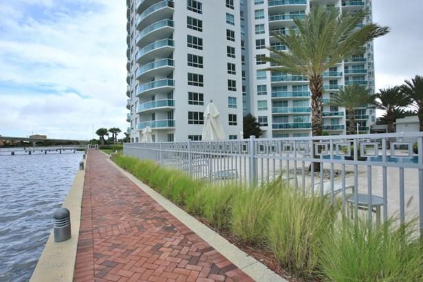231 Riverside 1601-1 1601-1, Holly Hill, FL - USA (photo 5)