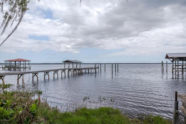 374 Cedar Creek , Palatka, FL - USA (photo 1)