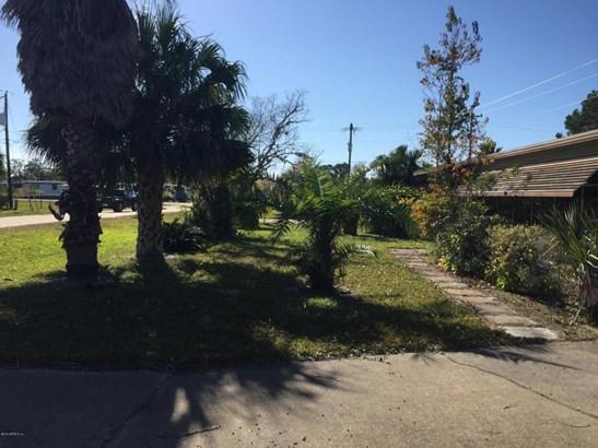 107 Florida , Crescent City, FL - USA (photo 2)
