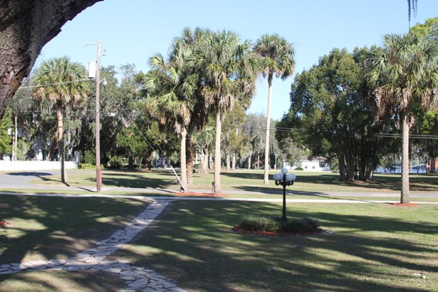 208 Madison , Palatka, FL - USA (photo 4)