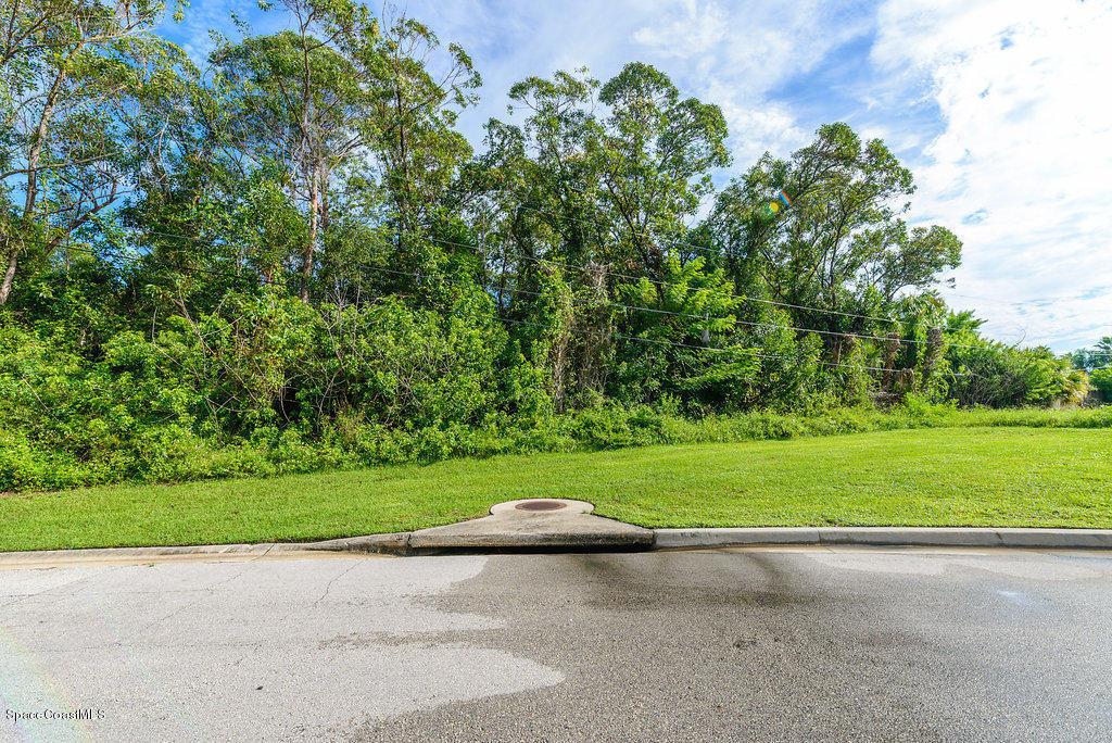 000 Market Circle, Palm Bay, FL - USA (photo 3)