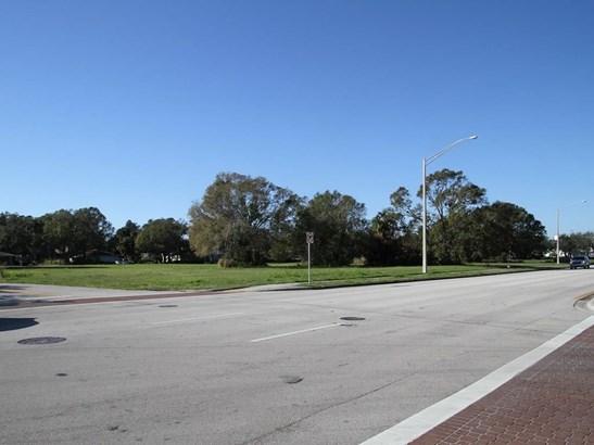 901 20th Street, Vero Beach, FL - USA (photo 5)
