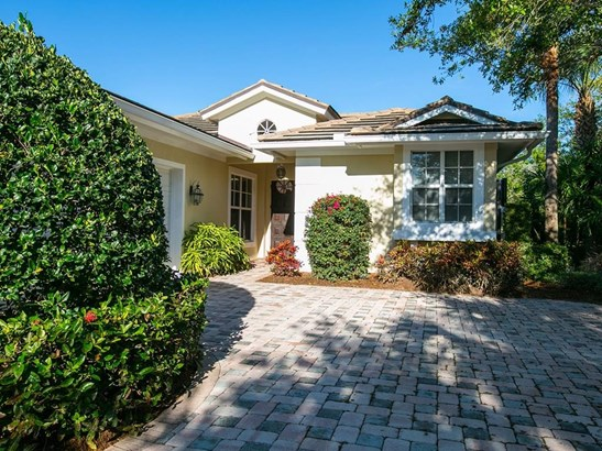 1714 Lake Club Court, Indian River Shores, FL - USA (photo 1)