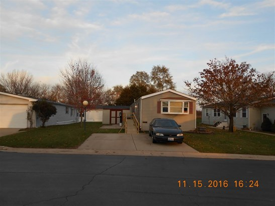 Mobile Home, House - BELVIDERE, IL (photo 1)