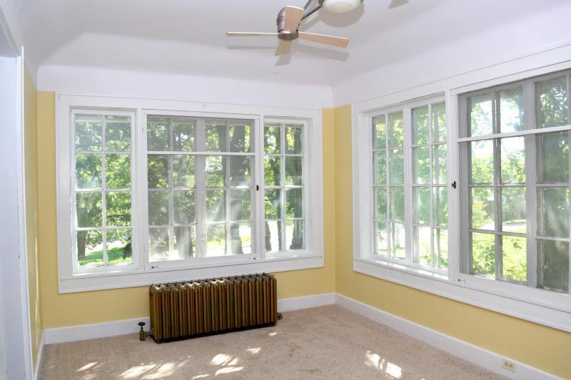 Sunroom (photo 5)