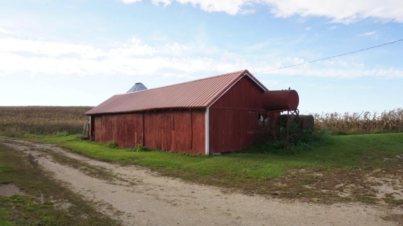 Machine shed (photo 5)