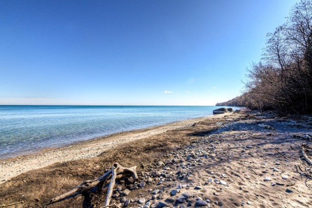 Lake Michigan (photo 2)