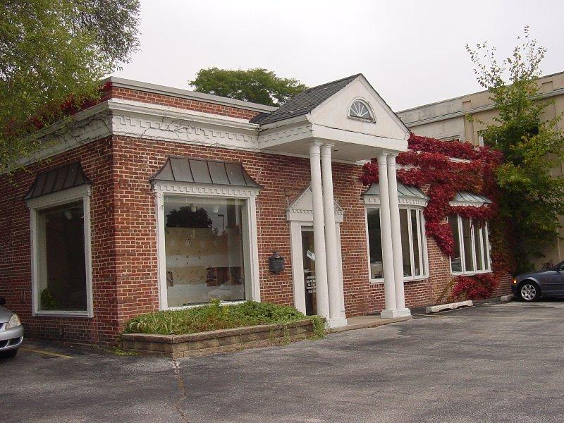 Main Exterior Photo (photo 1)