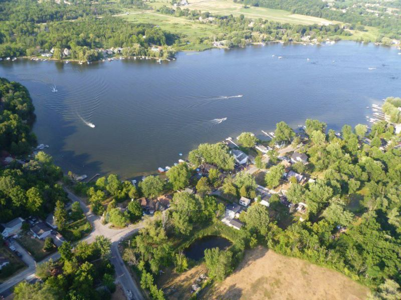 aerial view of Friess Lake (photo 3)