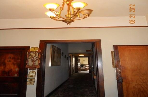 1st Floor Entry Area (photo 3)