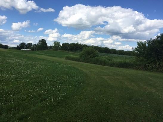 Beautiful terrain (photo 4)