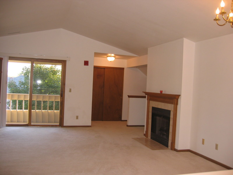 Kitchen Opens to Great Room (photo 4)