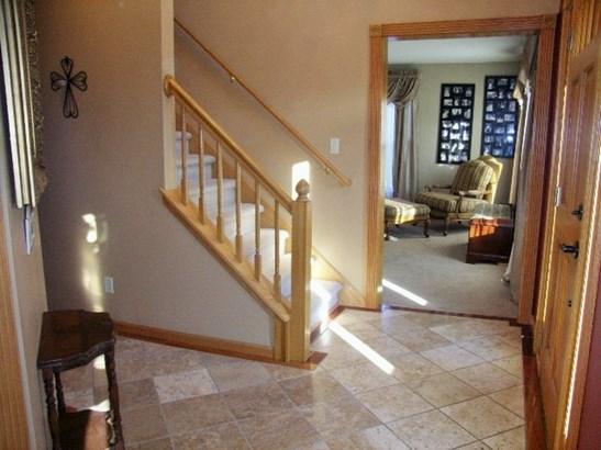Tumbled Marble Flooring (photo 2)