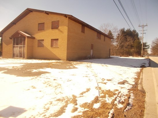 Front from Coldspring (photo 4)