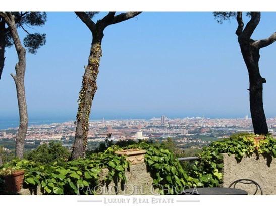 Livorno - ITA (photo 5)