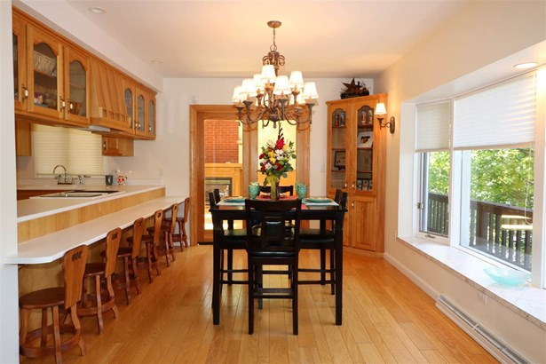 Chalet,Multi-Level,Walkout Lower Level, Single Family - Milan, NH (photo 5)