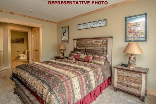 Contemporary,Top Floor, Condo - Conway, NH (photo 4)