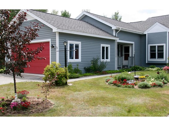 Condo, End Unit,Townhouse,Walkout Lower Level - Berlin, NH (photo 1)