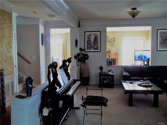 Condominium, Town House - Newburgh, NY (photo 4)