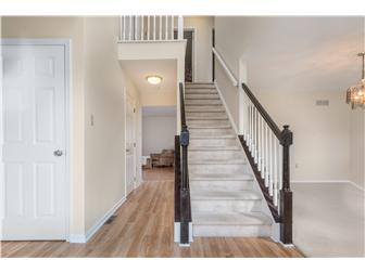 Two Story Foyer (photo 2)