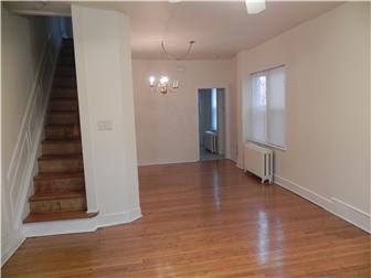 Hardwood floors throughout (photo 2)