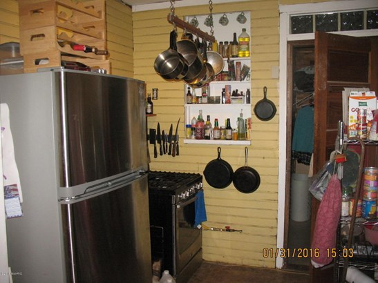 Cabin/Cottage, Single Family Residence - Free Soil, MI (photo 3)